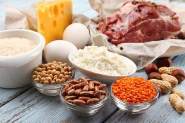 タンパク質を効率良く摂取する方法
