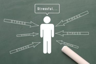 ストレスが体調不良を引き起こす理由